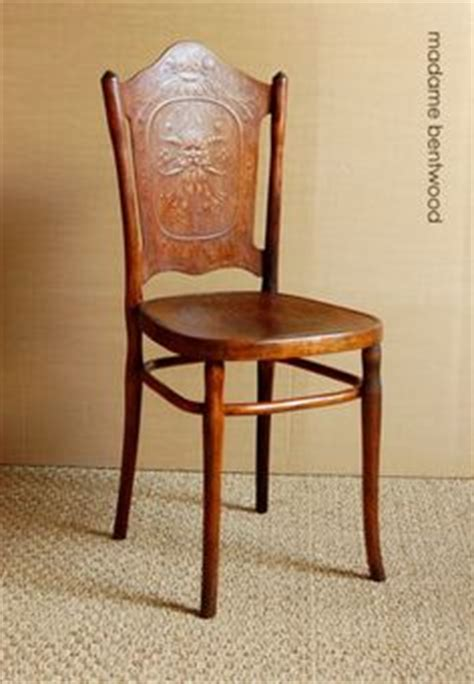 chaise bistrot thonet 1000 images about thonet on bentwood chairs