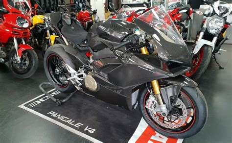 Ducati Panigale V4 Carbon Edition by Ducati Panigale V4 With Carbon Fibre Bodywork Spotted