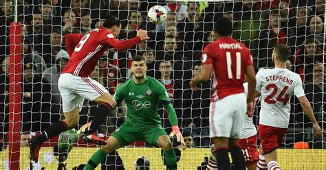 Manchester United 3-2 Southampton live score, goal updates ...