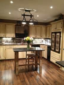 painted kitchen cabinets using gel stain and polishing wax