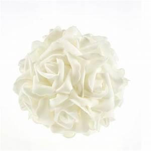 Boule De Rose : boule de roses blanches ~ Teatrodelosmanantiales.com Idées de Décoration