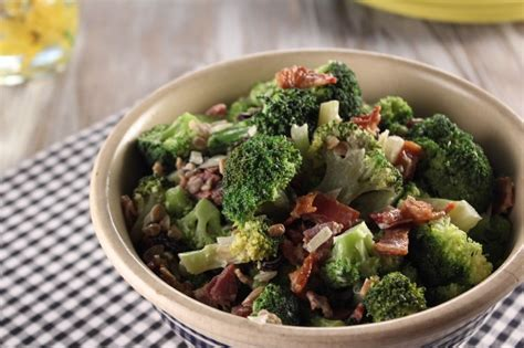 I'm always fighting hard to make sure family meals don't get lost in the shuffle, because cooking for the kids means i have one more dinner at home with them, says trisha. Trisha Yearwood Recipes Grape Salad / Trisha yearwood 7 ...
