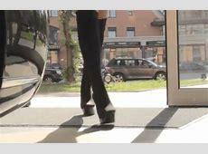 Blond Drive Lamborghini Gallardo Test with Subtitles