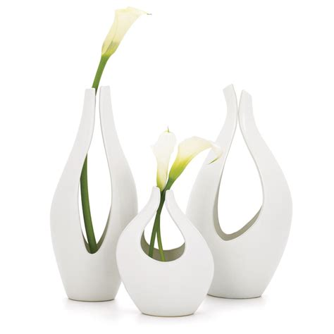 Modern Vases Trendy And Stylish  In Decors