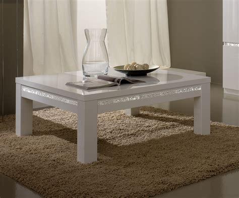 table basse carr 233 e design laqu 233 e blanche medusa tables basses colonnes soldes salon promos