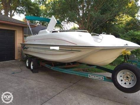 Bennington Pontoon Boat In Rough Water by 17 Best Ideas About Pontoon Boats For Sale On Pinterest