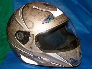 Casque De Moto : casque de moto wikip dia ~ Medecine-chirurgie-esthetiques.com Avis de Voitures