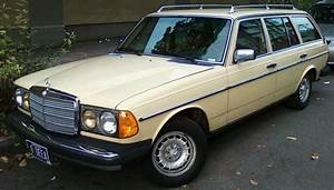 Mercedes 300 Td : 1982 mercedes benz 300td wagon bring a trailer ~ Medecine-chirurgie-esthetiques.com Avis de Voitures