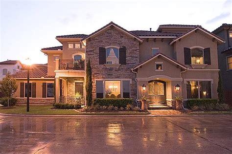 luxury homes houston