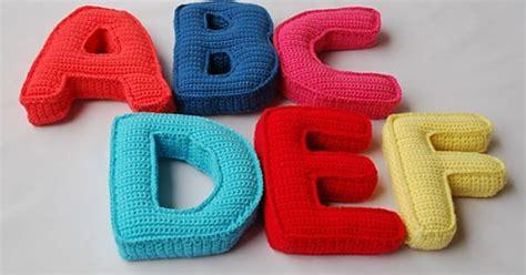 ravelry alphabet crochet pattern  capital letters pattern  begona sanchez sauthier