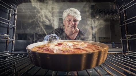mennonite woman bakes peach mint pie  celebrate trump