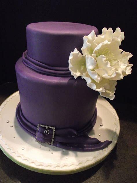 elegant  birthday cake       small