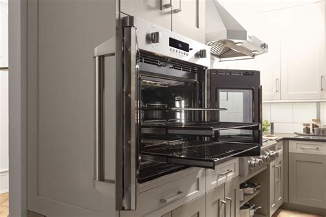 New GE Monogram® French Door Wall Oven Puts Culinary