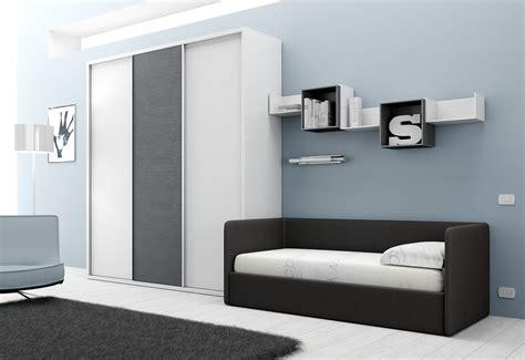 canapé chambre ado chambre avec lit canapé et armoire compact so nuit