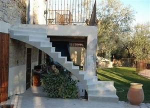 escalier 2 4 tournant a cremaillere en beton cire scal39in With beton cire pour escalier exterieur