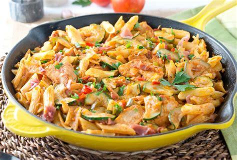 italian pasta dishes italian chicken and prosciutto pasta skillet delicious meets healthy