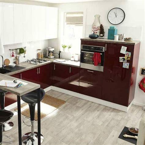 produits cuisine meuble de cuisine cuisine aménagée cuisine équipée en