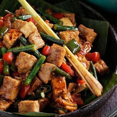 Inilah dia resep pepes ikan kembung bumbu pedas yang enak. Resep Botok Tahu Pedas / Resep Dan Cara Membuat Pepes Ikan ...