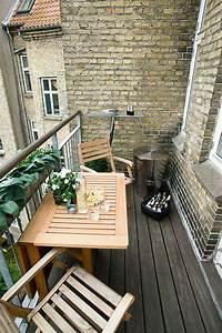 Lounge Möbel Für Kleinen Balkon : 77 coole ideen f r platzsparende m bel womit sie kokett den kleinen balkon gestalten ~ Bigdaddyawards.com Haus und Dekorationen