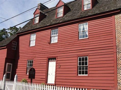 Shiplap House by Shiplap House Photo