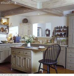 colonial style kitchen cabinets 1000 images about colonial kitchens on 5533