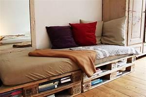 Couch Aus Paletten : sofa aus paletten dies und das pinterest sofas ~ Whattoseeinmadrid.com Haus und Dekorationen