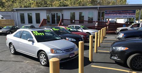lovely  hand car dealers    cars