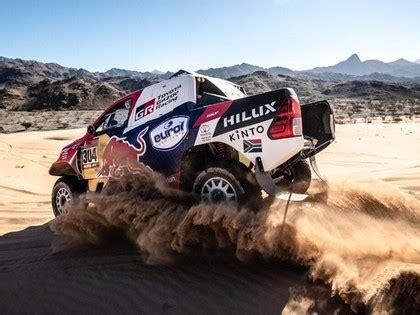 Dakaras rallijā vieglo automašīnu klasē līderu maiņa, Alonso piedzīvo neveiksmi - Go4speed