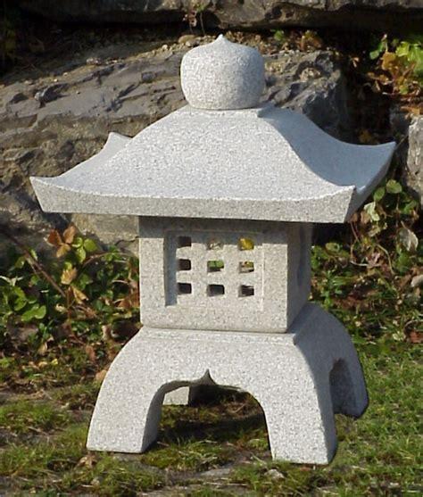 introduction lanterne en pierre japonaises et chinoises