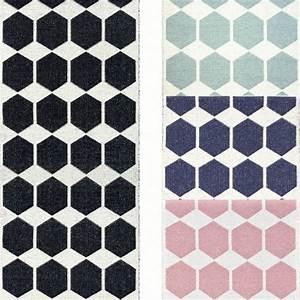 tapis de couloir tapis long en pvc anna par brita sweden With tapis de couloir avec canapé microfibre design