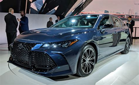 Brand New 2019 Toyota Avalon Debuts 5 Things You Need To