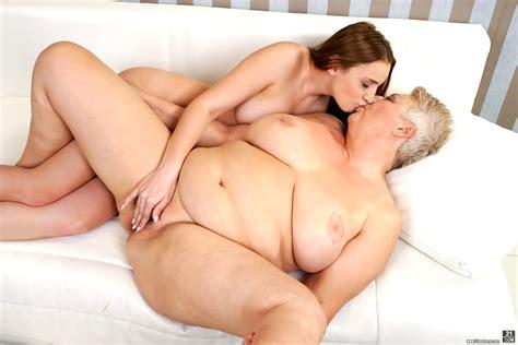 21sextreme Lulu Love Astrid Porn Fetish Book Sex Hd Pics