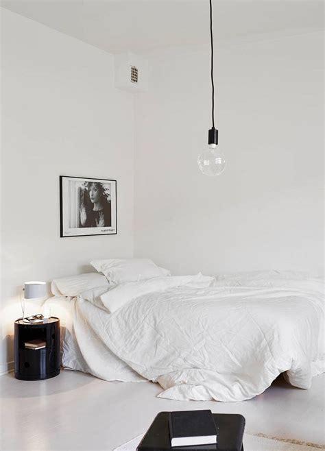 tips  styling  minimal bedroom