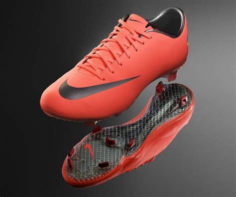 Nike Mercurial Vapor 8 Released