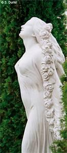 Abstrakte Skulpturen Garten : auf kreuth1 garten wohnen schenken natursteine gartenplanung k chen sport ~ Sanjose-hotels-ca.com Haus und Dekorationen