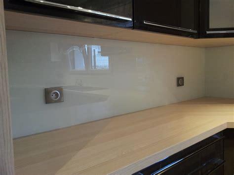 cuisine verre verres et services crédences de cuisines en verres