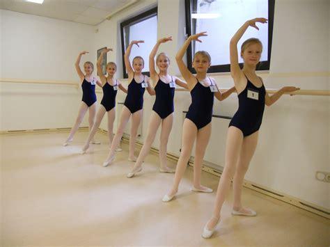 ballerina kostüm kinder ballett ballettzentrum schwabing