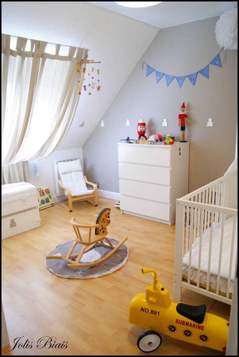 rideaux pour chambre de bébé idee rideau pour le velux chambre d 39 enfant
