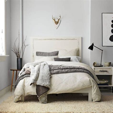 gray wall and beige carpet blue grey walls and pillows yellow beige carpet and bedrooms