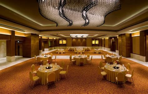 lalit connaught place delhi banquet hall  star