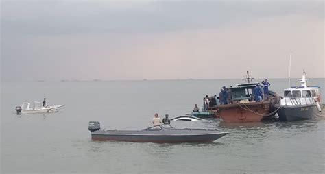 Ada beberapa syarat bagi penumpang katagori umum dalam melakukan pembelian tiket, yaitu Kapal SB Tenggiri Tenggelam di Kepri, Awak Kapal Selamat ...