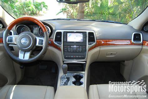 jeep grand cherokee interior 2012 2012 jeep grand cherokee overland summit new car reviews