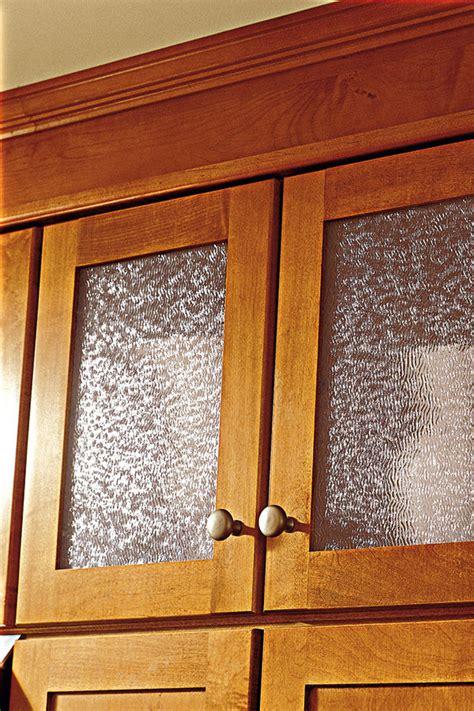 wall cabinet cut  glass aristokraft cabinetry