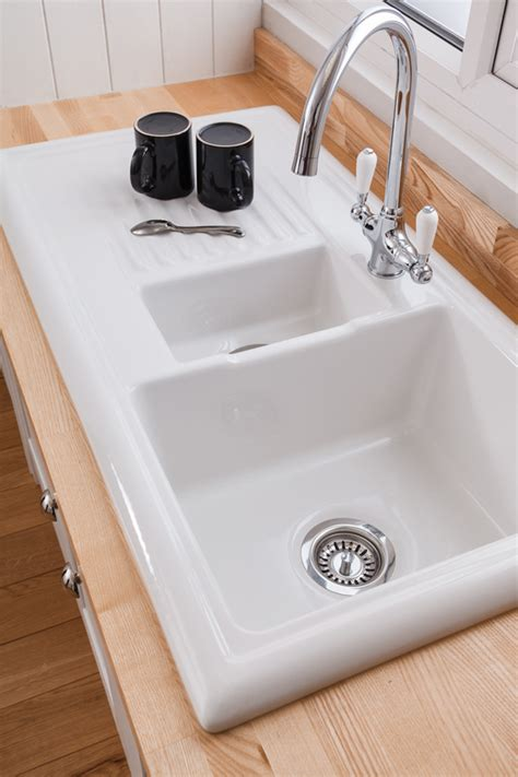 porcelain kitchen sink reviews kitchen sinks worktop express 4330