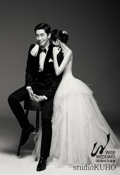 shin sung rok   ecstatic groom  wedding  soompi