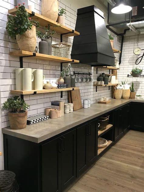 idees cuisine noir mat  bois elegance  sobriete kitchen design kitchen decor