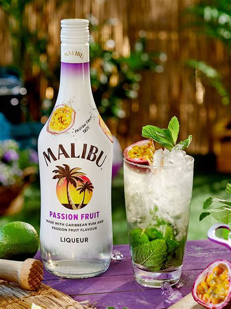 There are pleny of delicious drinks to make with malibu rum. Signature-Drinks: Malibu Passion Fruit im Mix ...