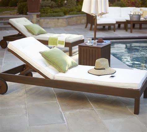 chaise longue piscine la chaise longue le meuble idéal pour l 39 été