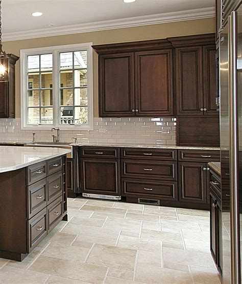 traditional kitchen sinks 80 best images about classic kitchens on 2906