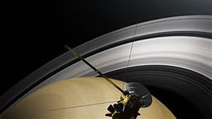 Cassini crashes into Saturn — but could still deliver big ...